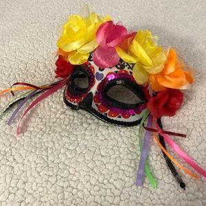 NWT ❤️ Day of the dead sugar skull masquerade mask